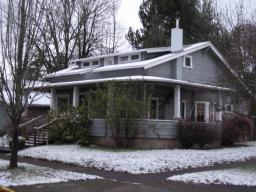 house_snow_2006.jpg