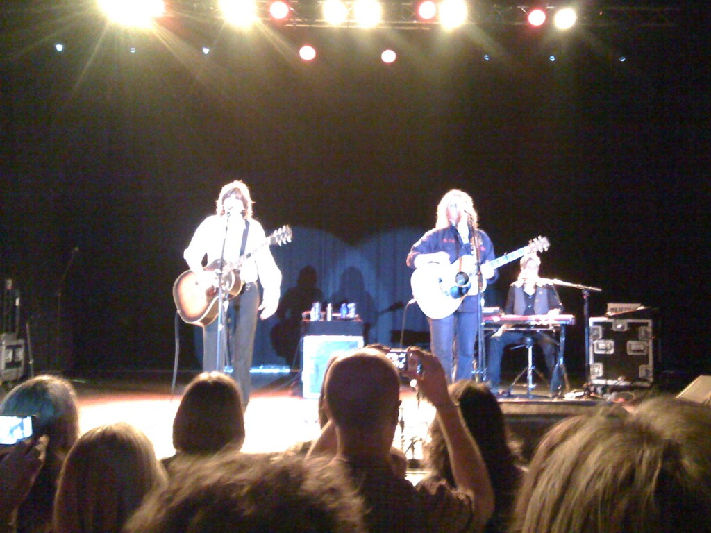 Indigo Girls at the McDonald Theater in Eugene, Oregon, May 10, 2009.