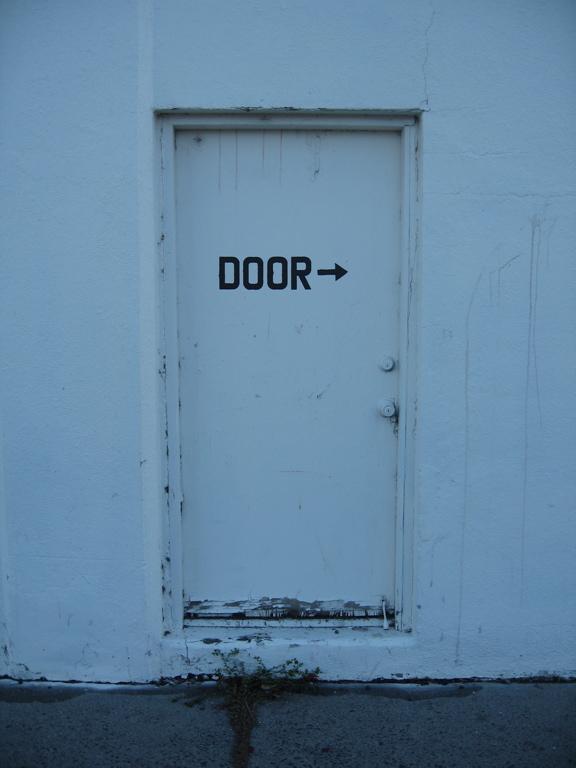 Door ->